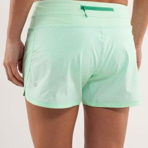 LULULEMON Polka Dot Teal Running Groovy Shorts 6